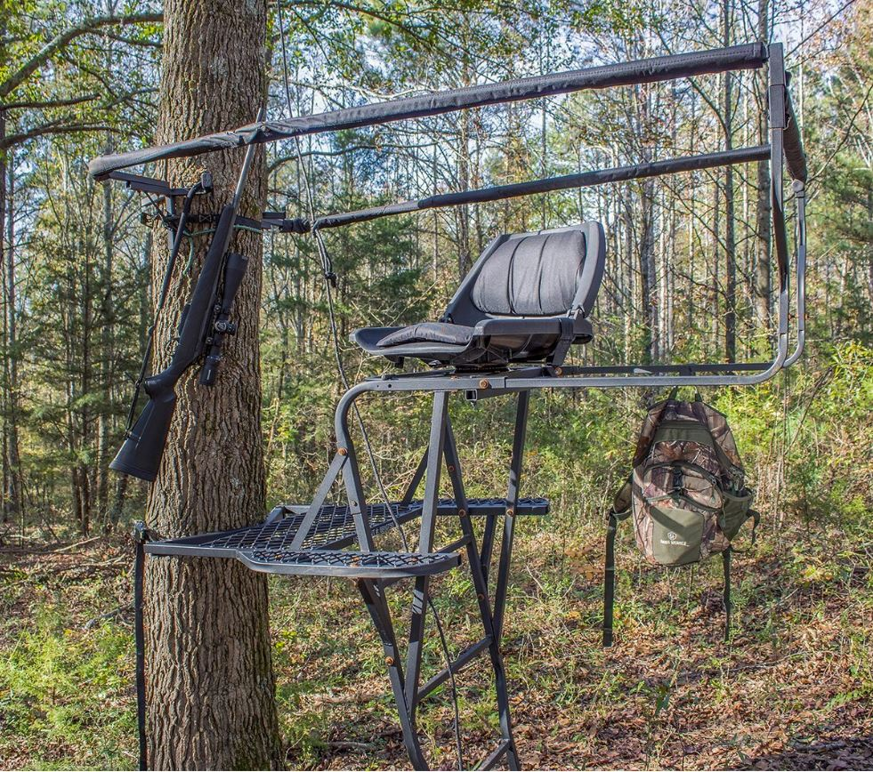 Skunk Ape Bow Hunting Ladder Tree Stand